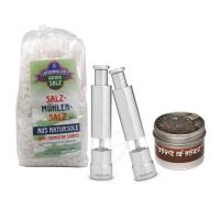 Salz- und Pfefferpumpe mit Gewürzen